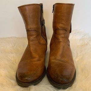 Clark's Brown Distressed Western Boots Sz-5.5 D